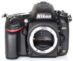 מצלמת ריפלקס ניקון Nikon DSLR D610