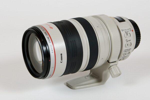 קנון Canon EF 28-300mm f/3.5-5.6L IS