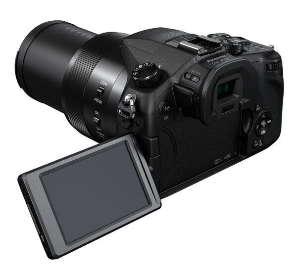 מצלמת טיול 4K   Panasonic  FZ1000   השכרה לשבוע 670